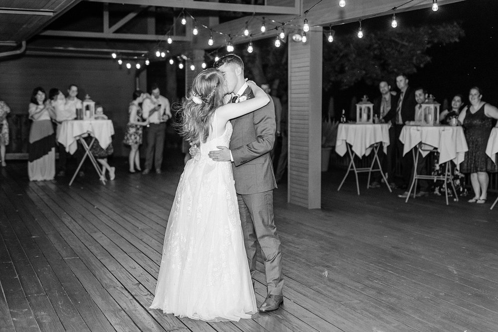 Lavender Hues at Summer Wedding at Innsbrook Resort by Kelsi Kliethermes Photography St. Louis Wedding Photographer_0048.jpg
