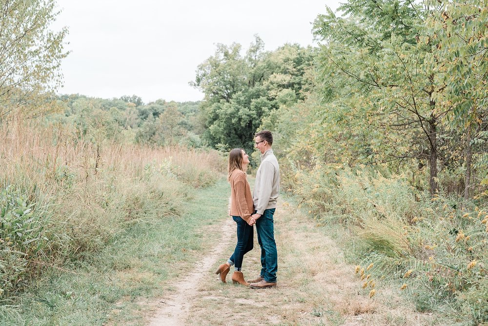 Autumn Engagement Session at Grindstone Nature Trail Columbia Missouri by Kelsi Kliethermes Photography_0002.jpg