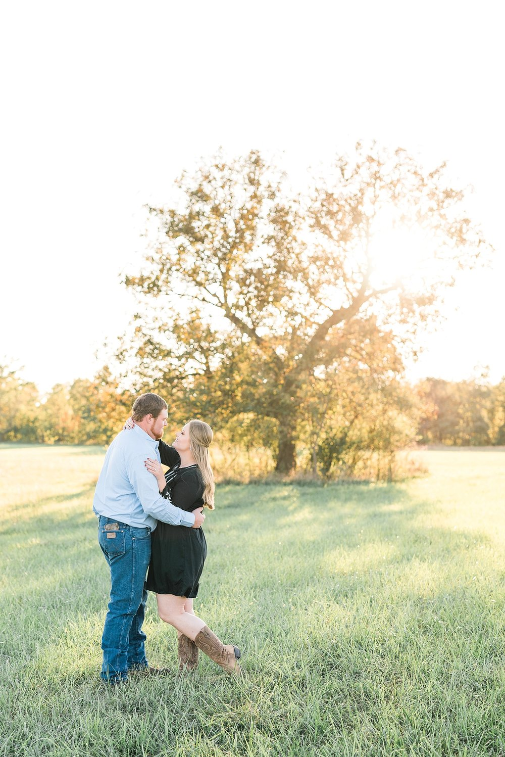 Autumn Engagement Session Sturgeon MO by Kelsi Kliethermes Photography_0004.jpg