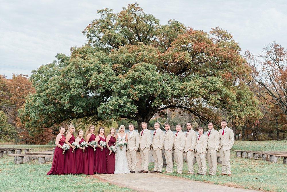 Lakeside Wedding in Fall at Mighty Oak Lodge by Misouri Wedding Photographer Kelsi Kliethermes Photography_0020.jpg