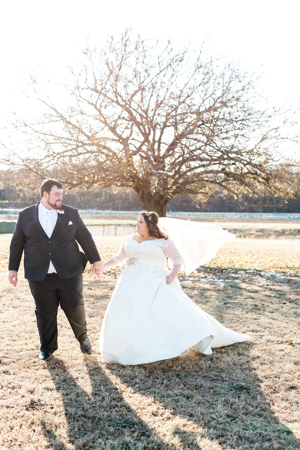 Golden Winter Wedding at The Legacy Barn in Barnett Missouri by Kelsi Kliethermes Photography Columbia Missouri Wedding Photographer_0029.jpg