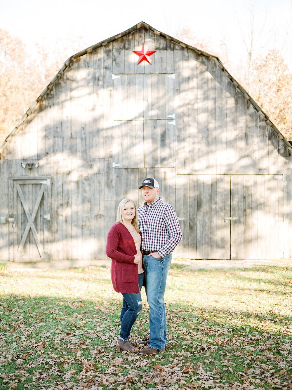 Perfect Sunset Engagement Session in Fall by Kelsi Kliethermes Photography Kansas City Missouri Wedding Photographer_0007.jpg