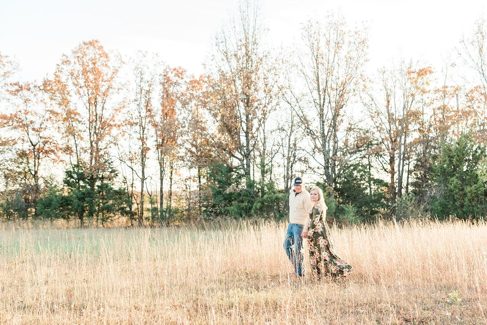 Perfect Sunset Engagement Session in Fall by Kelsi Kliethermes Photography Kansas City Missouri Wedding Photographer_0001.jpg