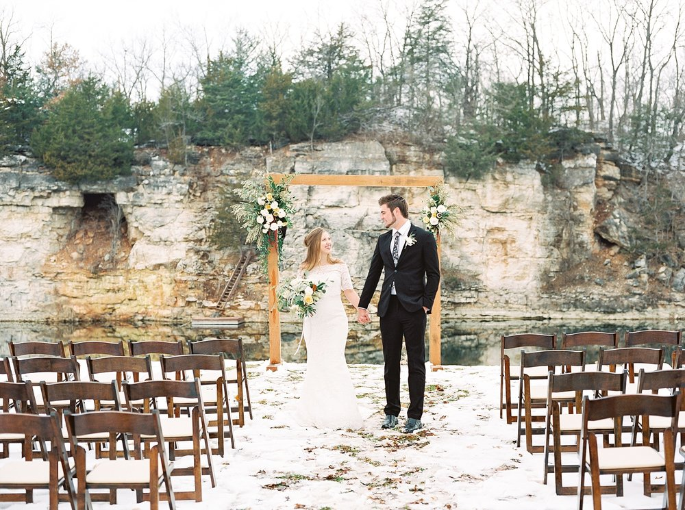 Snowy Winter Wedding at Wildcliff Events Lake With Earthy Jewel Tones and Organic Refined Style by Kelsi Kliethermes Photography Kansas City Missouri Wedding Photographer_0016.jpg