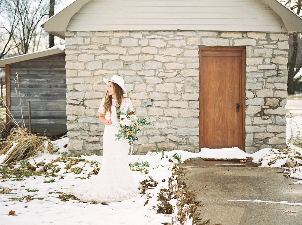 Snowy Winter Wedding at Wildcliff Events Lake With Earthy Jewel Tones and Organic Refined Style by Kelsi Kliethermes Photography Kansas City Missouri Wedding Photographer_0025.jpg