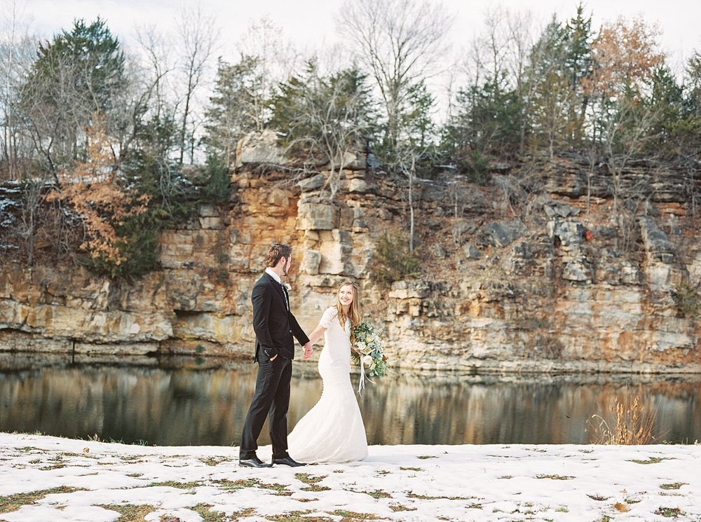 Snowy Winter Wedding at Wildcliff Events Lake With Earthy Jewel Tones and Organic Refined Style by Kelsi Kliethermes Photography Kansas City Missouri Wedding Photographer_0036.jpg