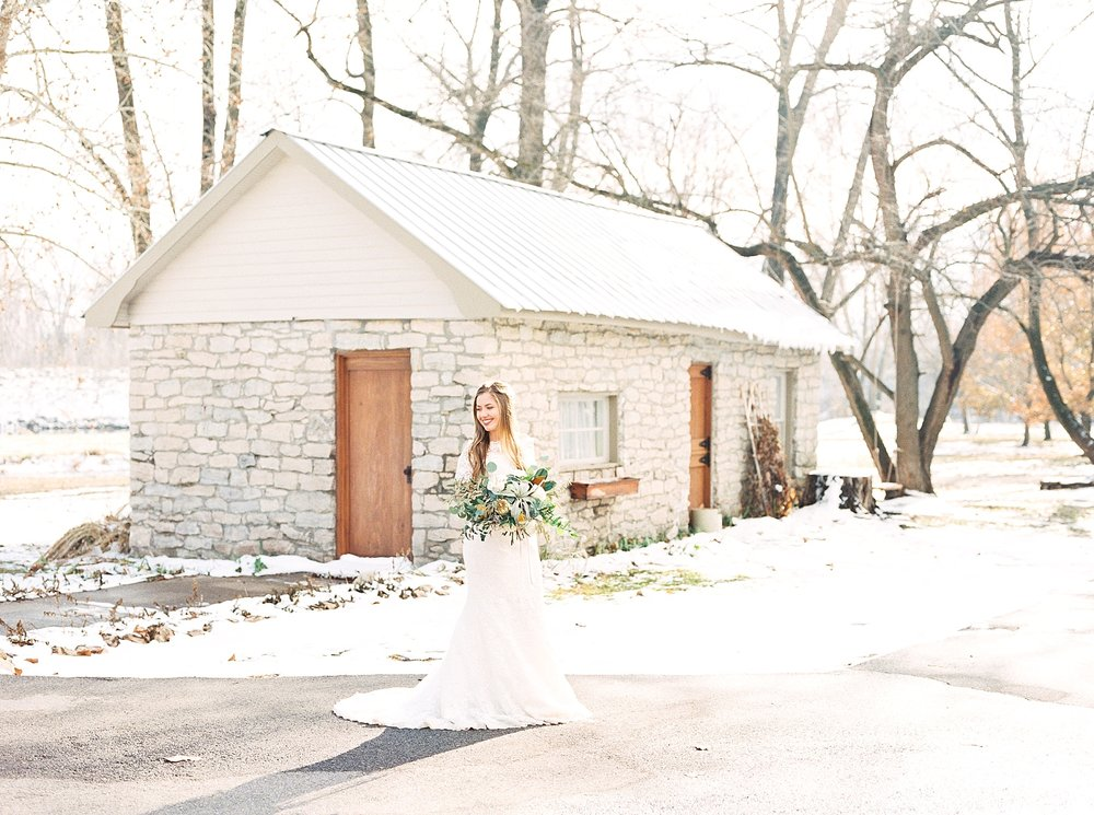 Snowy Winter Wedding at Wildcliff Events Lake With Earthy Jewel Tones and Organic Refined Style by Kelsi Kliethermes Photography Kansas City Missouri Wedding Photographer_0041.jpg