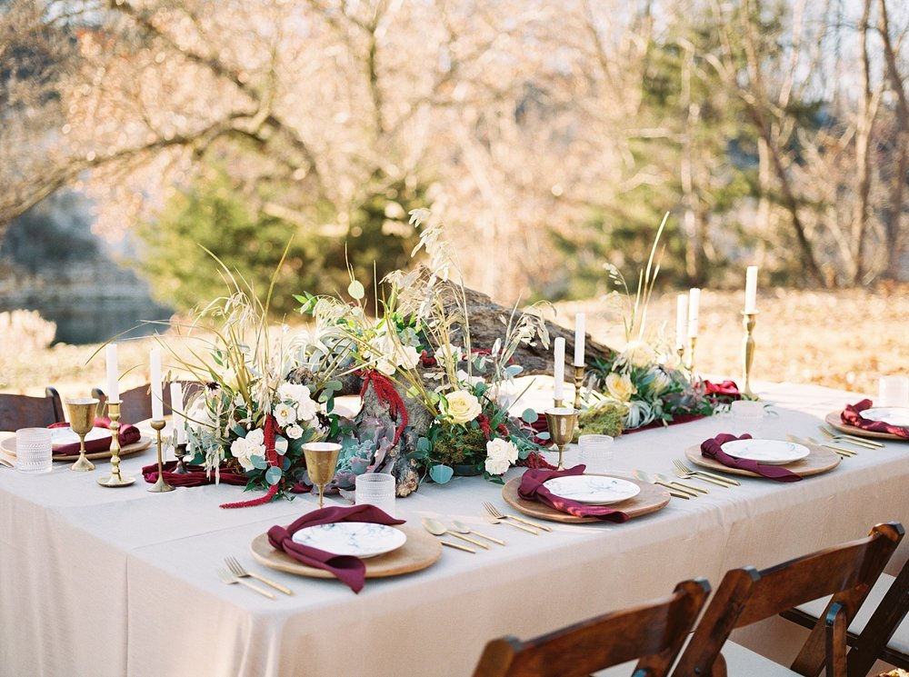 Snowy Winter Wedding at Wildcliff Events Lake With Earthy Jewel Tones and Organic Refined Style by Kelsi Kliethermes Photography Kansas City Missouri Wedding Photographer_0055.jpg
