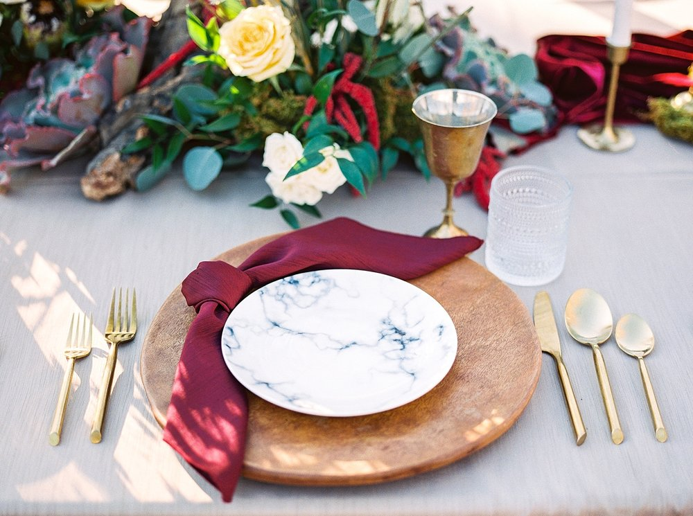 Snowy Winter Wedding at Wildcliff Events Lake With Earthy Jewel Tones and Organic Refined Style by Kelsi Kliethermes Photography Kansas City Missouri Wedding Photographer_0058.jpg