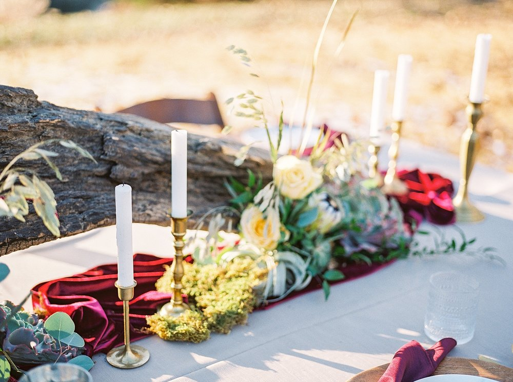 Snowy Winter Wedding at Wildcliff Events Lake With Earthy Jewel Tones and Organic Refined Style by Kelsi Kliethermes Photography Kansas City Missouri Wedding Photographer_0065.jpg