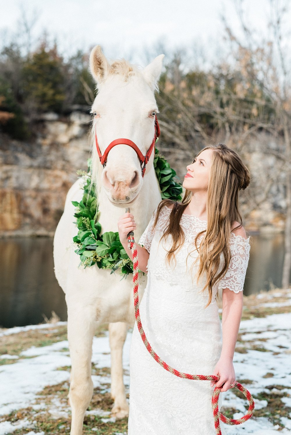 Snowy Winter Wedding at Wildcliff Events Lake With Earthy Jewel Tones and Organic Refined Style by Kelsi Kliethermes Photography Kansas City Missouri Wedding Photographer_0132.jpg