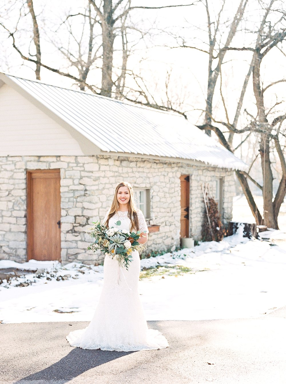 Snowy Winter Wedding at Wildcliff Events Lake With Earthy Jewel Tones and Organic Refined Style by Kelsi Kliethermes Photography Kansas City Missouri Wedding Photographer_0137.jpg