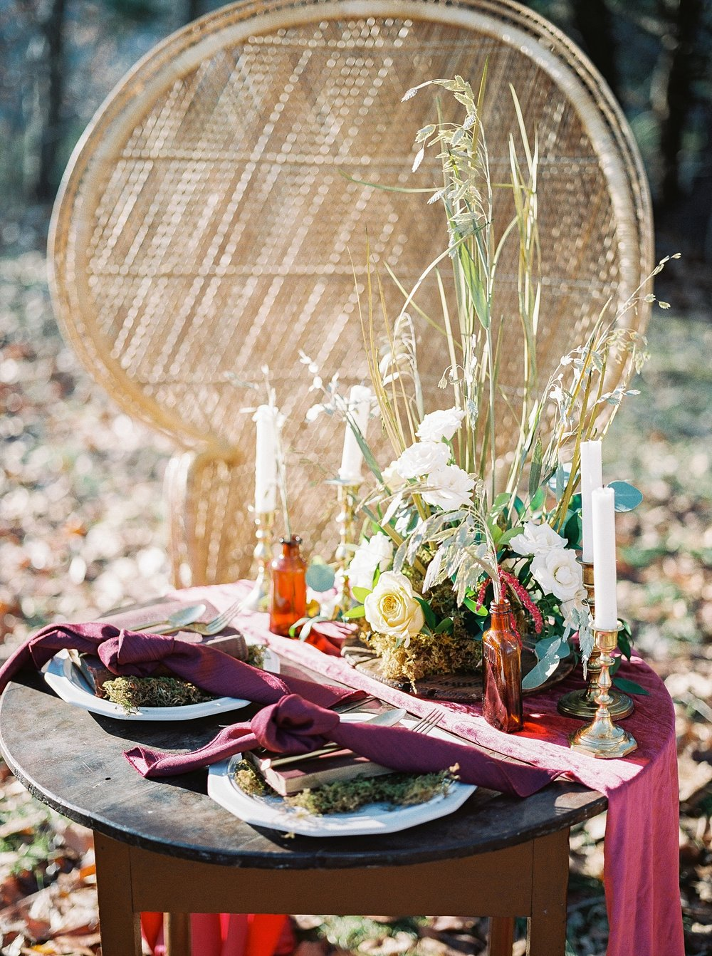 Snowy Winter Wedding at Wildcliff Events Lake With Earthy Jewel Tones and Organic Refined Style by Kelsi Kliethermes Photography Kansas City Missouri Wedding Photographer_0148.jpg
