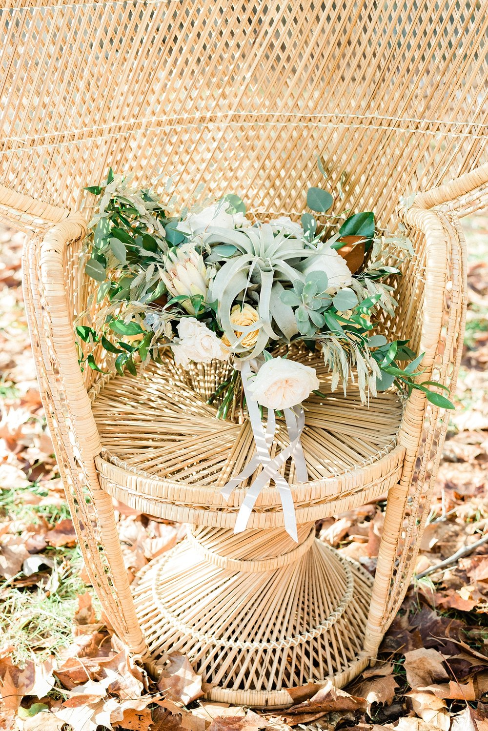 Snowy Winter Wedding at Wildcliff Events Lake With Earthy Jewel Tones and Organic Refined Style by Kelsi Kliethermes Photography Kansas City Missouri Wedding Photographer_0151.jpg
