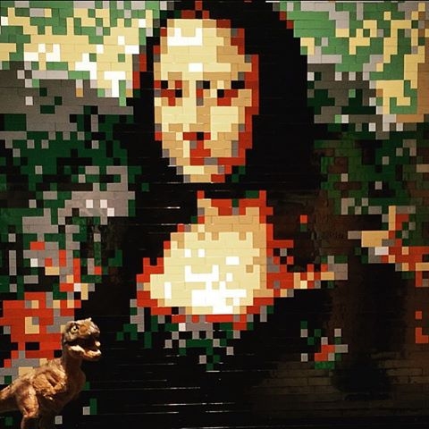 Nathan Sawaya,  Lego Mona Lisa . Original painting by Leonardo DaVinci.