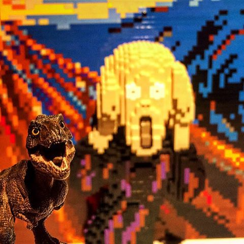 Nathan Sawaya,  Lego Scream . Original painting by Edvard Munch.