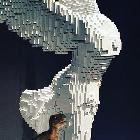 Nathan Sawaya,  Lego Winged Victory of Samothrace .