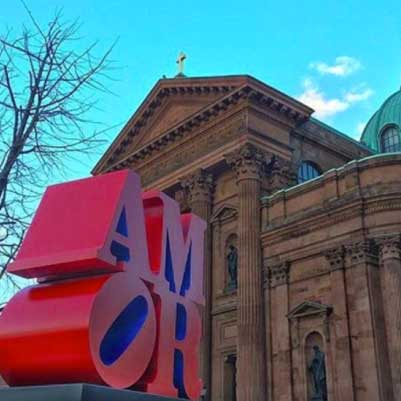 Robert Indiana,  AMOR . (1998) New location at Sister Cities Park. Image courtesy of Metro U.S. Philadelphia.