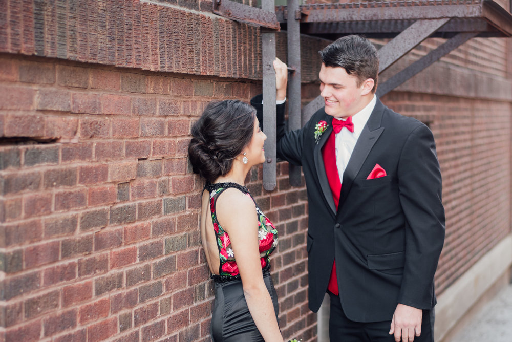 evelyn and quinn muscatine prom pictures-5.jpg