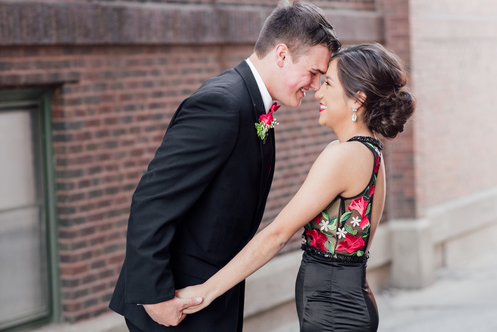 evelyn and quinn muscatine prom pictures-7.jpg