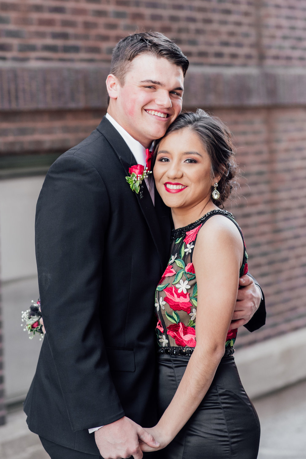 evelyn and quinn muscatine prom pictures-8.jpg
