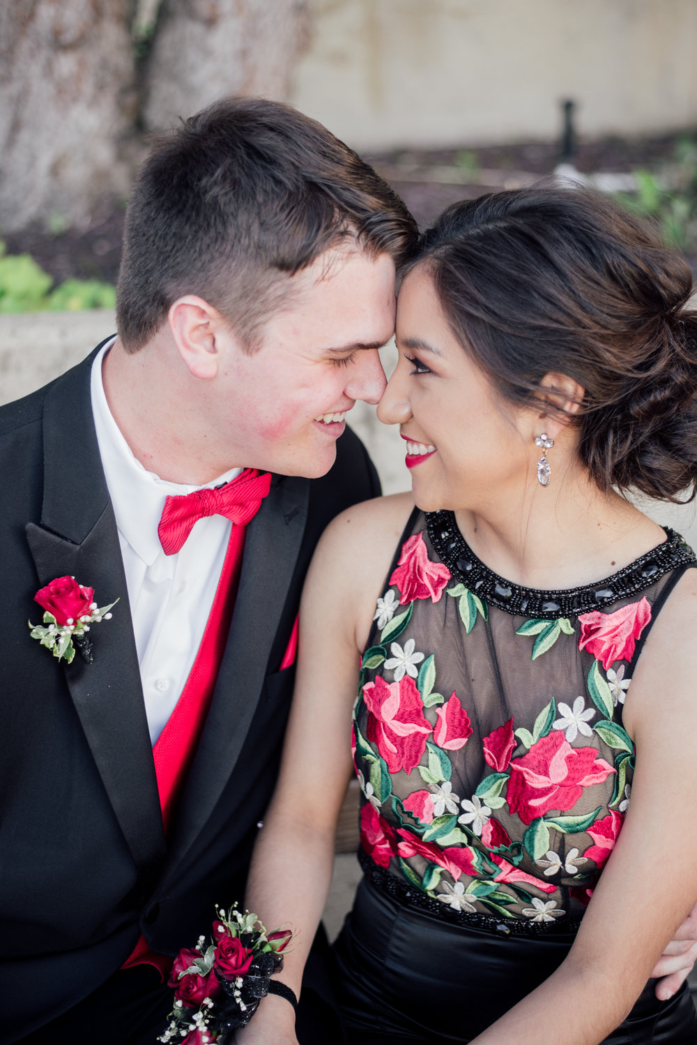 evelyn and quinn muscatine prom pictures-13.jpg