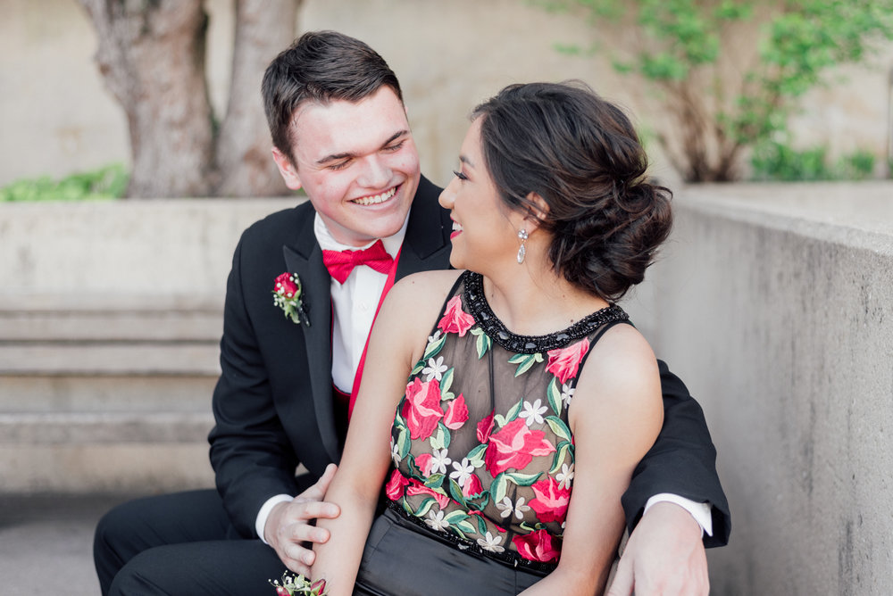 evelyn and quinn muscatine prom pictures-12.jpg
