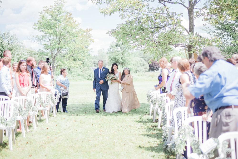 iowa wedding photographer - ceremony - wisconsin wedding-1.jpg