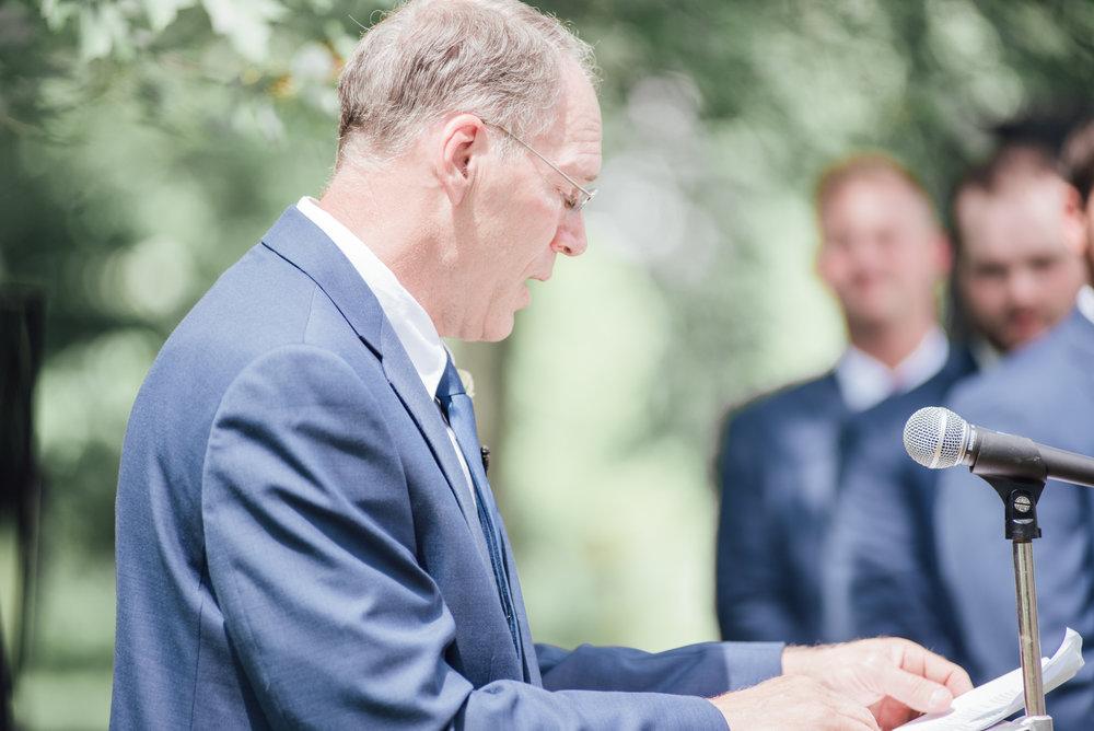 iowa wedding photographer - ceremony - wisconsin wedding-8.jpg