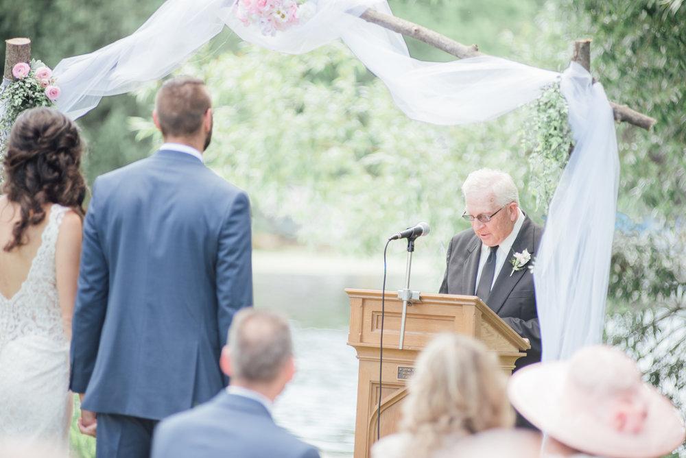iowa wedding photographer - ceremony - wisconsin wedding-12.jpg