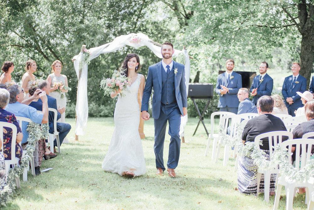 iowa wedding photographer - ceremony - wisconsin wedding-19.jpg