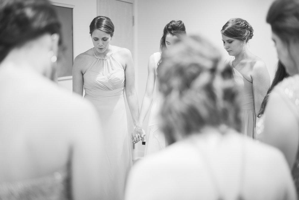 iowa wedding photographer - getting ready - wisconsin wedding-16.jpg