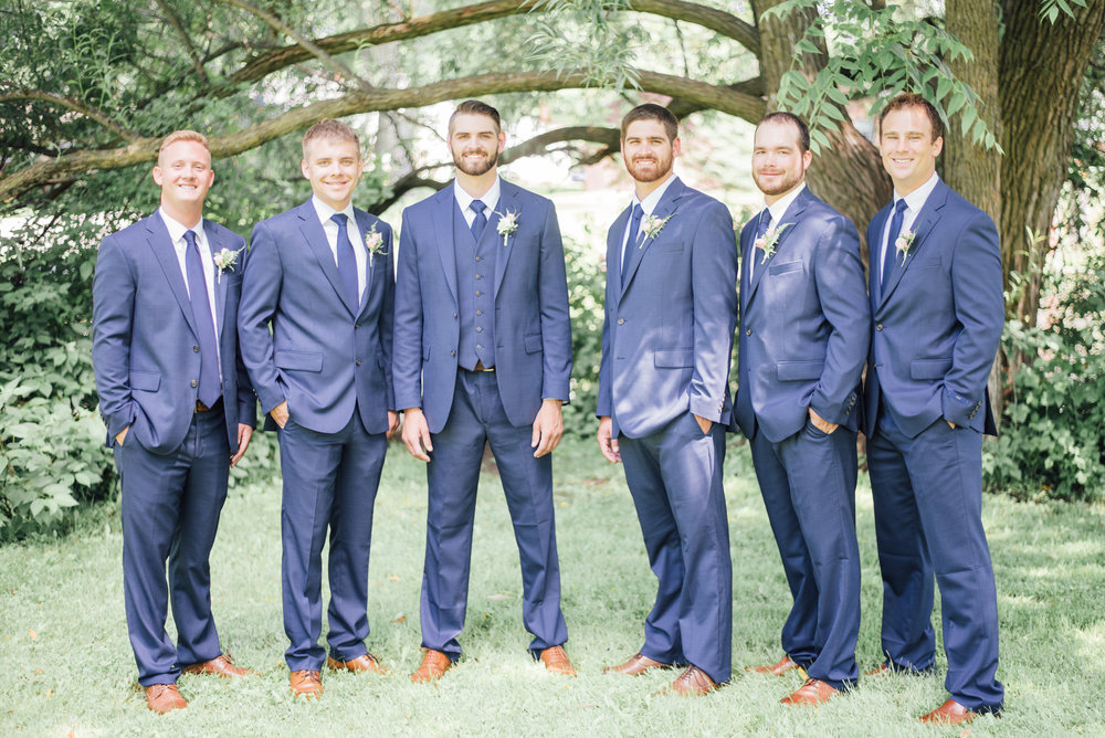 iowa wedding photographer - bridal party - wisconsin wedding-1-2.jpg