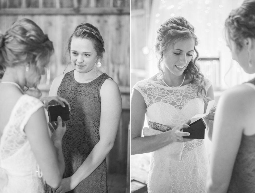 1 iowa wedding photographer - country barn wedding9.jpg