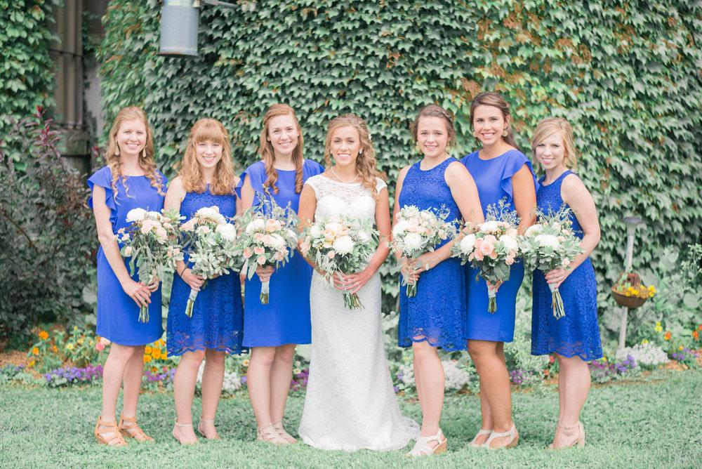 4 iowa wedding photographer - country barn wedding1.jpg