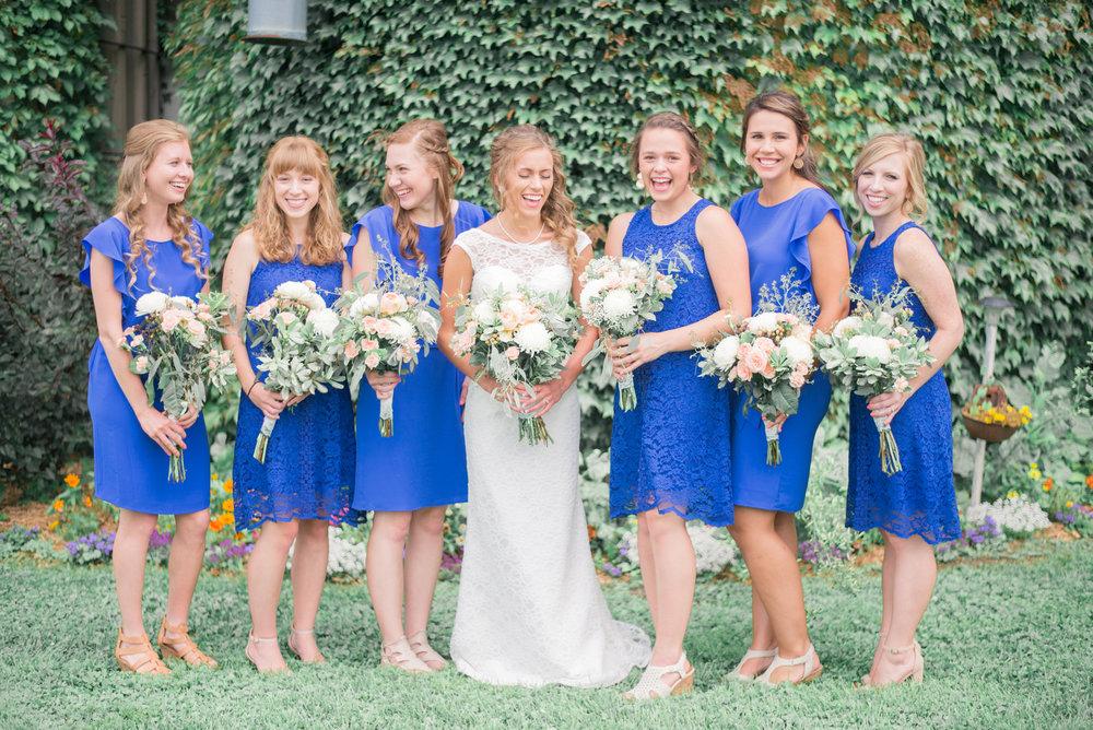4 iowa wedding photographer - country barn wedding2.jpg