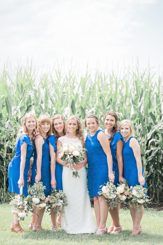 4 iowa wedding photographer - country barn wedding4.jpg