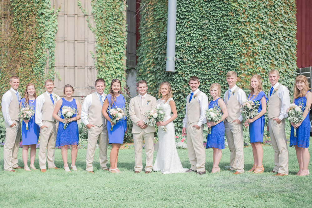 4 iowa wedding photographer - country barn wedding11.jpg