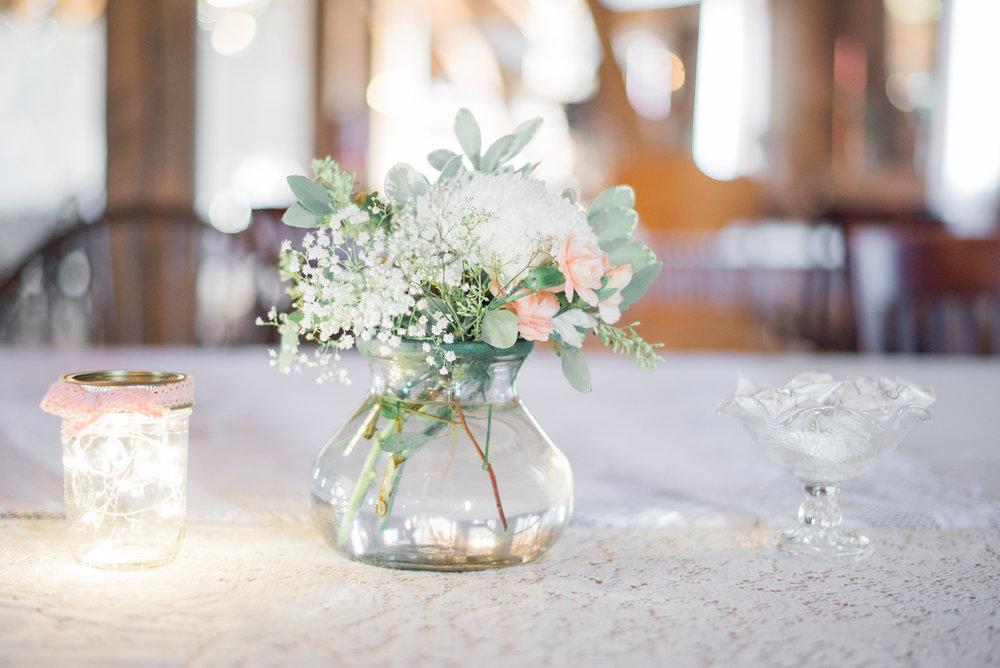 8 iowa wedding photographer - country barn wedding2.jpg