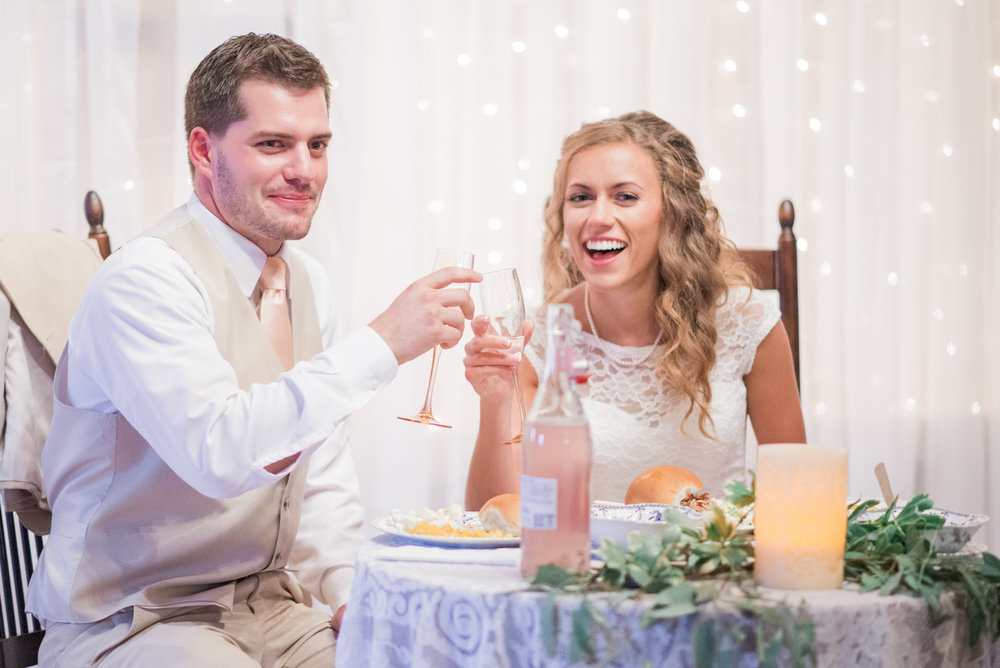 8 iowa wedding photographer - country barn wedding4.jpg