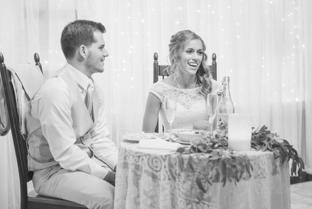 8 iowa wedding photographer - country barn wedding5.jpg