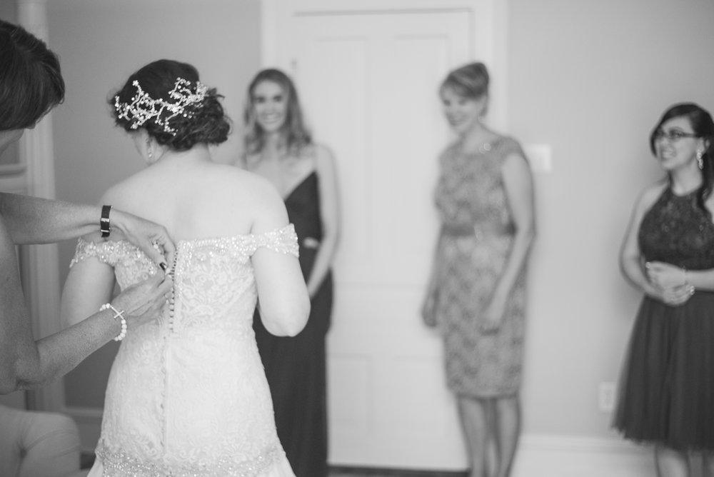 1 backyard wedding - iowa wedding photographer-6.jpg