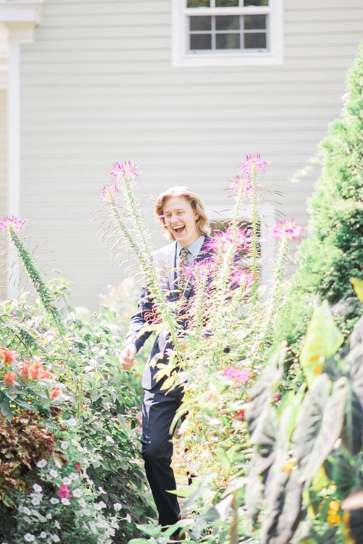 4 backyard wedding - iowa wedding photographer-2.jpg