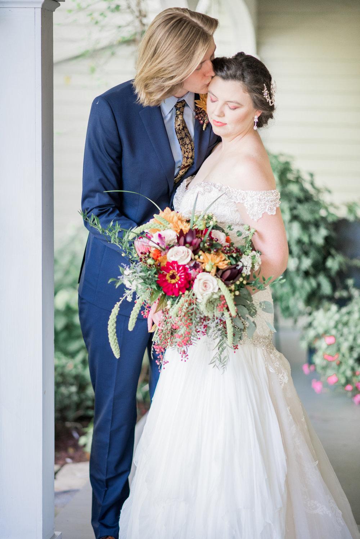 4 backyard wedding - iowa wedding photographer-17.jpg