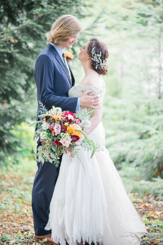4 backyard wedding - iowa wedding photographer-44.jpg