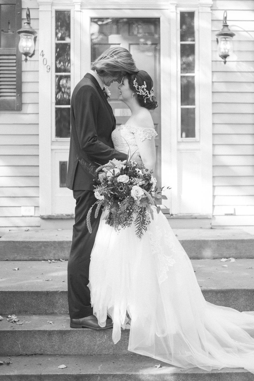 4 backyard wedding - iowa wedding photographer-61.jpg