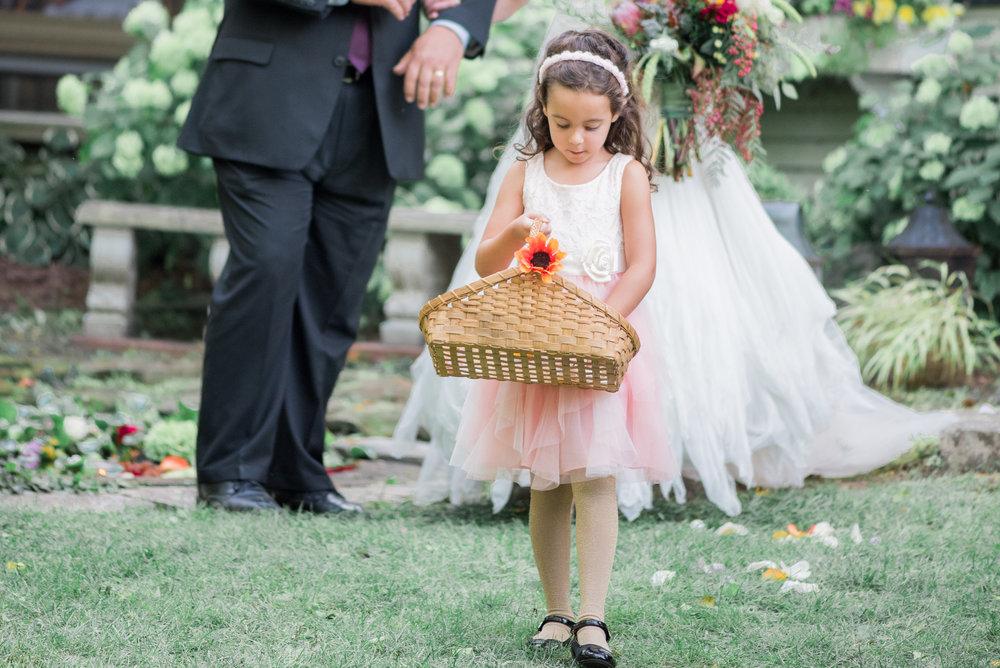 5 backyard wedding - iowa wedding photographer-4.jpg