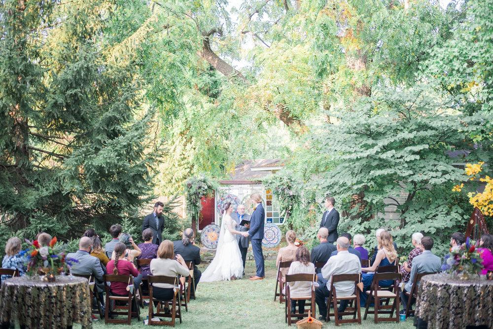 5 backyard wedding - iowa wedding photographer-7.jpg