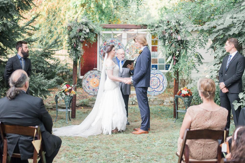 5 backyard wedding - iowa wedding photographer-10.jpg