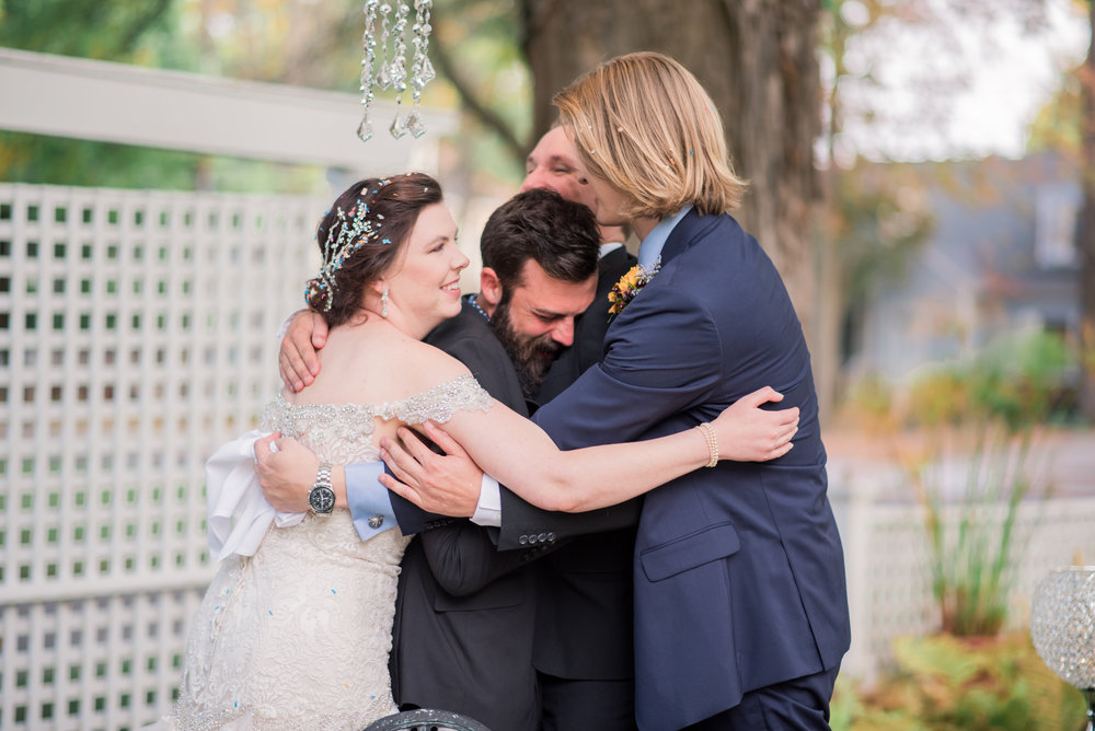 6 backyard wedding - iowa wedding photographer-20.jpg